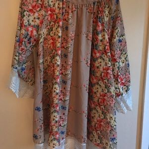 Floral Kimono with Lace Detail